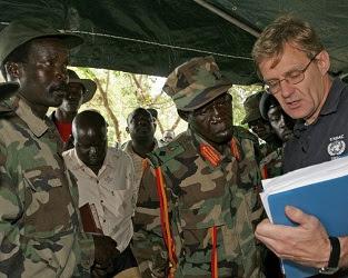 Joseph Kony, Vincent Otti & Jan Egelund in 2006.
