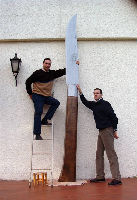 guiness world records , largest knife , pocket knife , world , portugal , unbelievable , tapandaola111