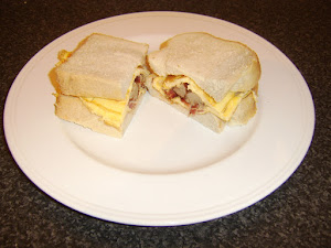 Delicious Sausage, Bacon and Egg Sandwich Ideas