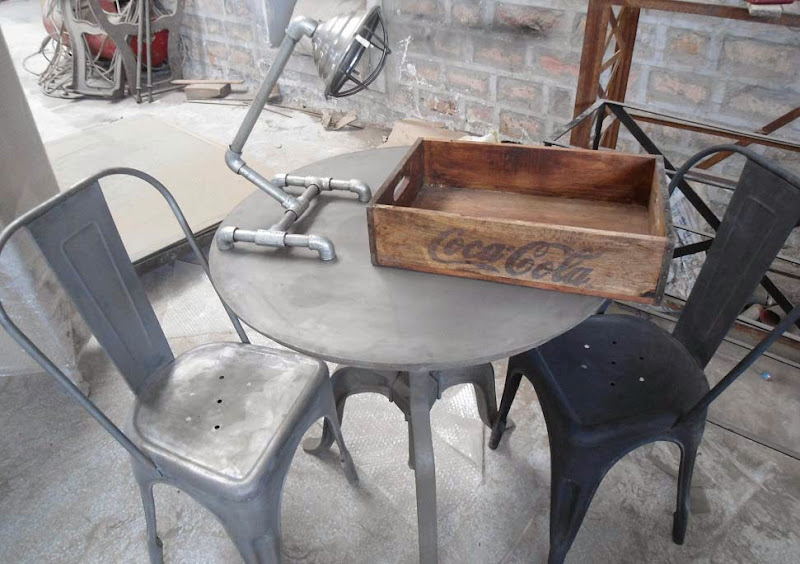 Pics of Vintage Bar Chairs with Tables