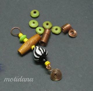 wire work , bullseye bead , copper jewelry