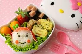 Tips ketika anak makan