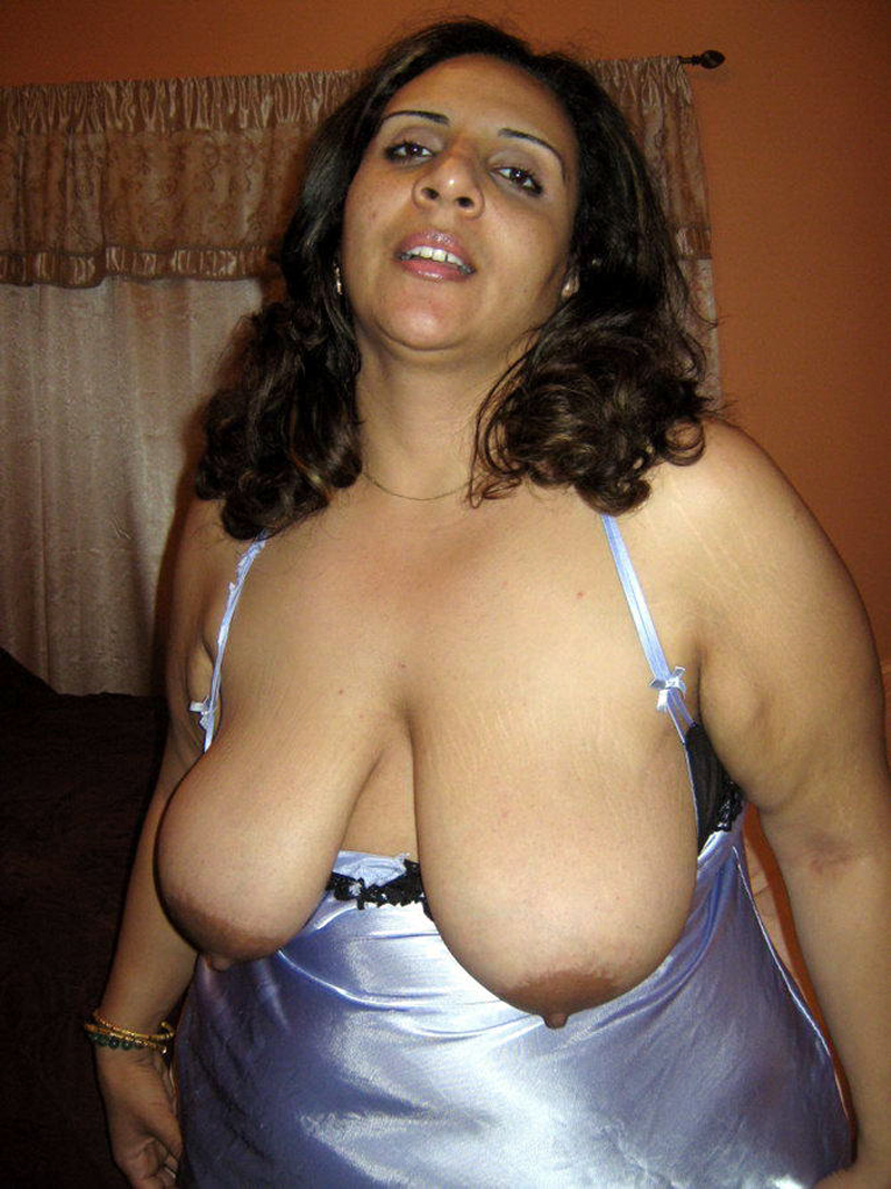 mom nude.bbw moti indian