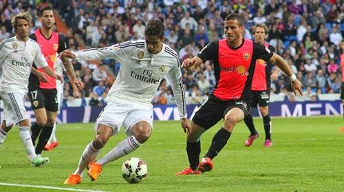 Real Madrid vs Almeria 3-0 Liga BBVA Matchday 34 Full Match Gallery