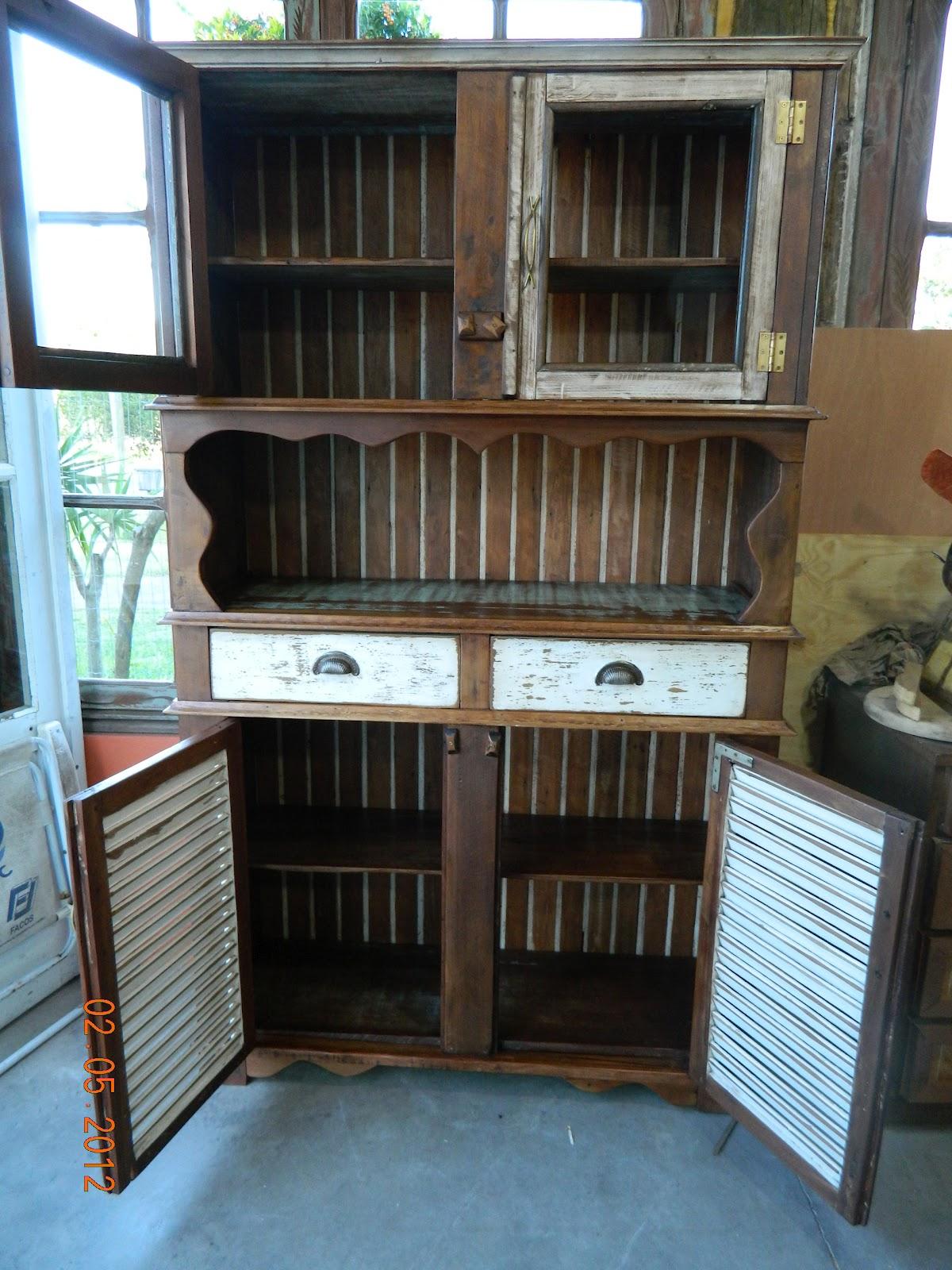 reciclando: Como fazer um armário com madeira de demolição #367495 1200x1600