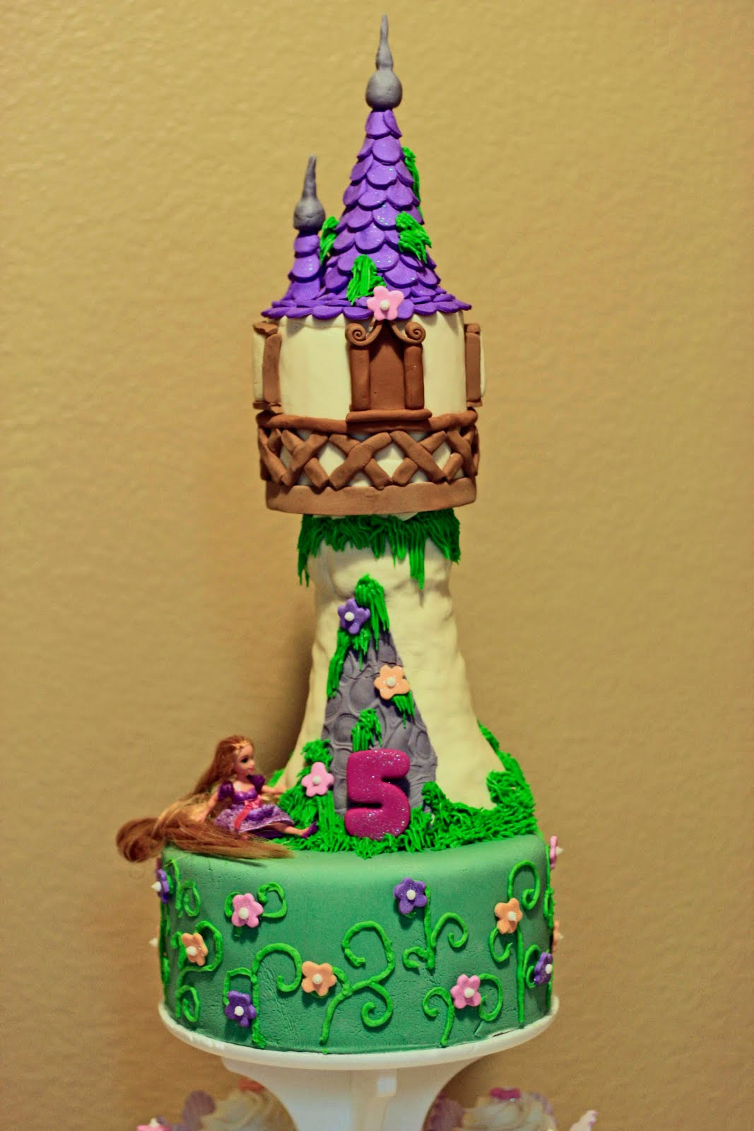 Forged in Cake: Tangled Birthday Cake