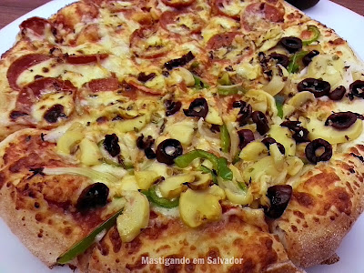 Domino's Pizza: Pizza metade Catuperoni metade Veggie