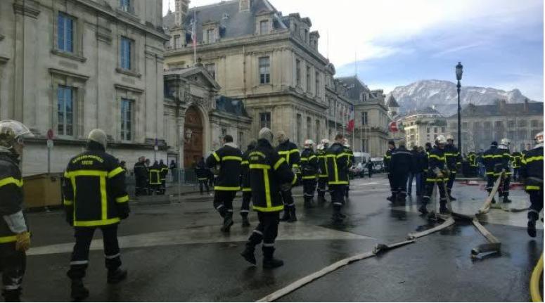 Montpellier au feu les pompiers v 39 l la maison qui for Au feu les pompiers la maison