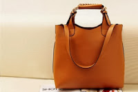 Γυναικεία Τσάντα από Δερματίνη