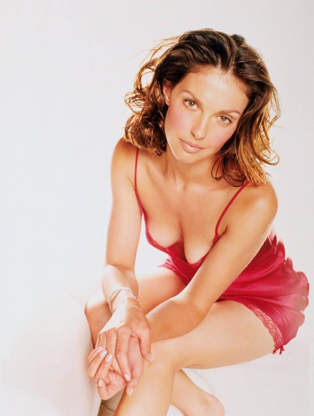 Sexy south indian actress boobs
