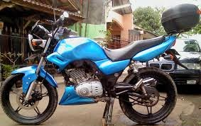 foto-modifikasi-suzuki-thunder-airbrush