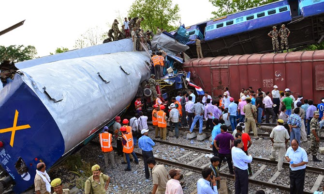 Trains in Uttar Pradesh collision crash india