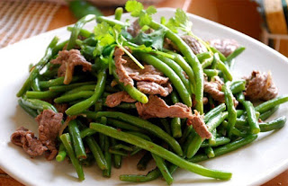 Stir-fried Green Beans with Beef Recipe (Đậu Xào Thịt Bò)