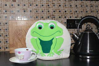 Frog Tea Cosy