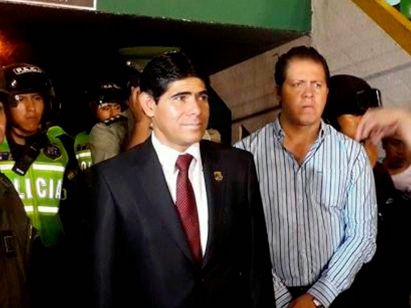 Oriente Petrolero - Jorge Perez - DaleOoo.com web del Club Oriente Petrolero