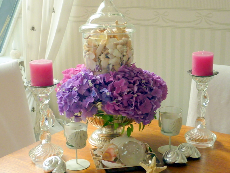 Tischdeko mit Hortensien – edle Hochzeitsdeko mit Blumen ...
