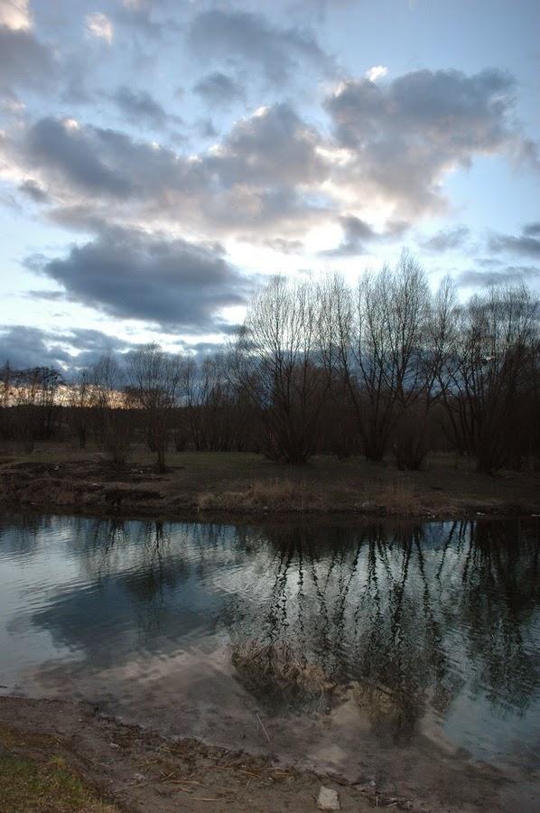 Фото Виталия Бабенко:Синее озеро