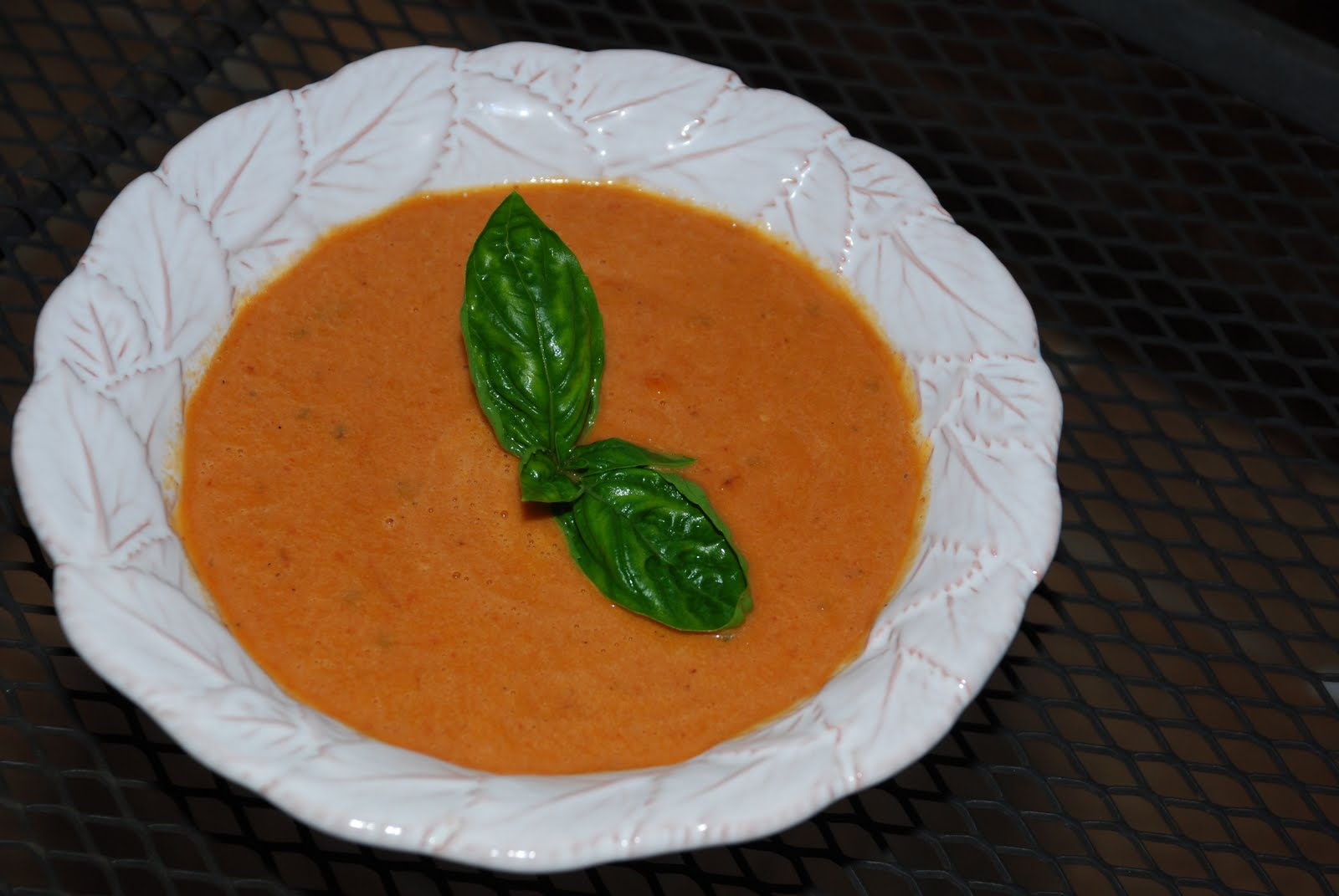 Tomatoes on the Vine: Roasted Tomato Soup
