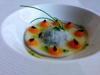 http://food-mad.blogspot.dk/2013/11/madbloggerudfordringen-kalrabi-ravioli.html