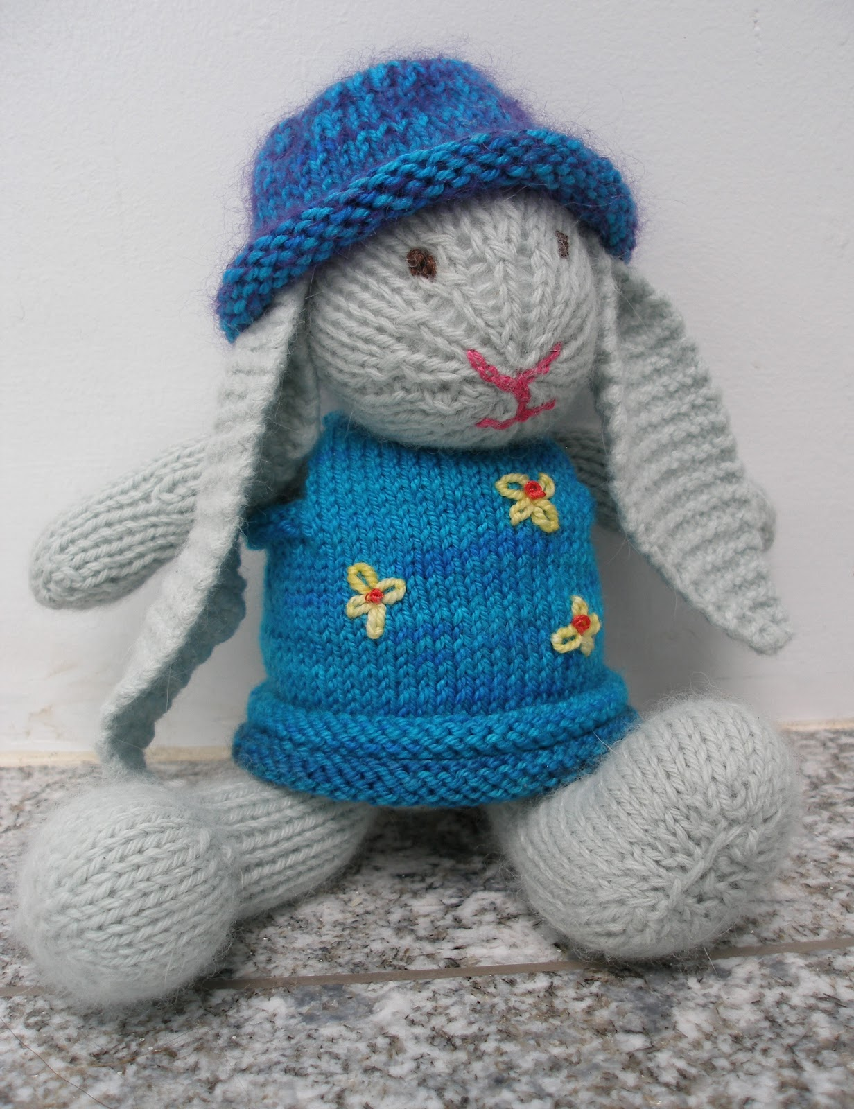 Knitting Blogs : The Knitting Blog by Mr. Puffy the Dog: Bunny Bunny Who Has the Bunny ...
