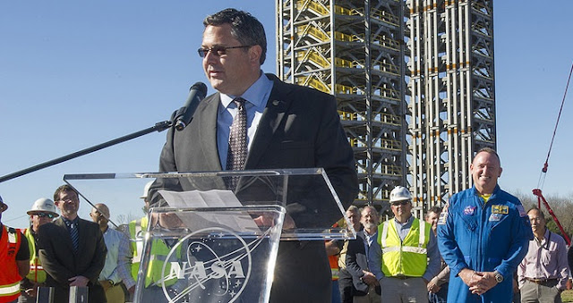 Todd May talks about progress on Test Stand 4693 and NASA's Journey to Mars during a media conference on Dec. 14, 2015 at Marshall. Credit: NASA/MSFC/Emmett Given