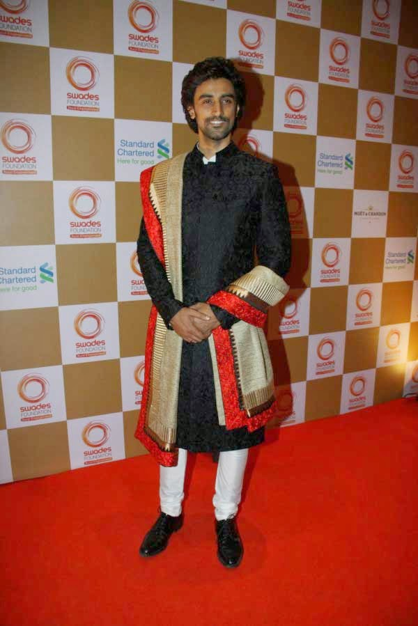 Kunal Kapoor at Swades Foundation Fundraiser show