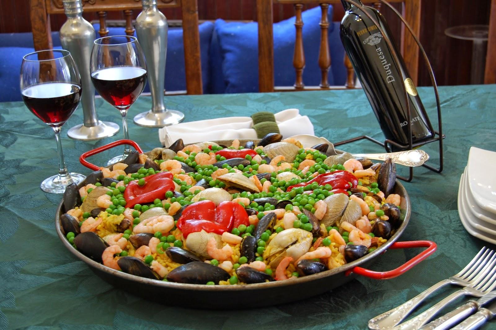 EMPANADAS PIZZAS TORTAS Y PAELLAS VILLA ALEMANA : Cocina Española