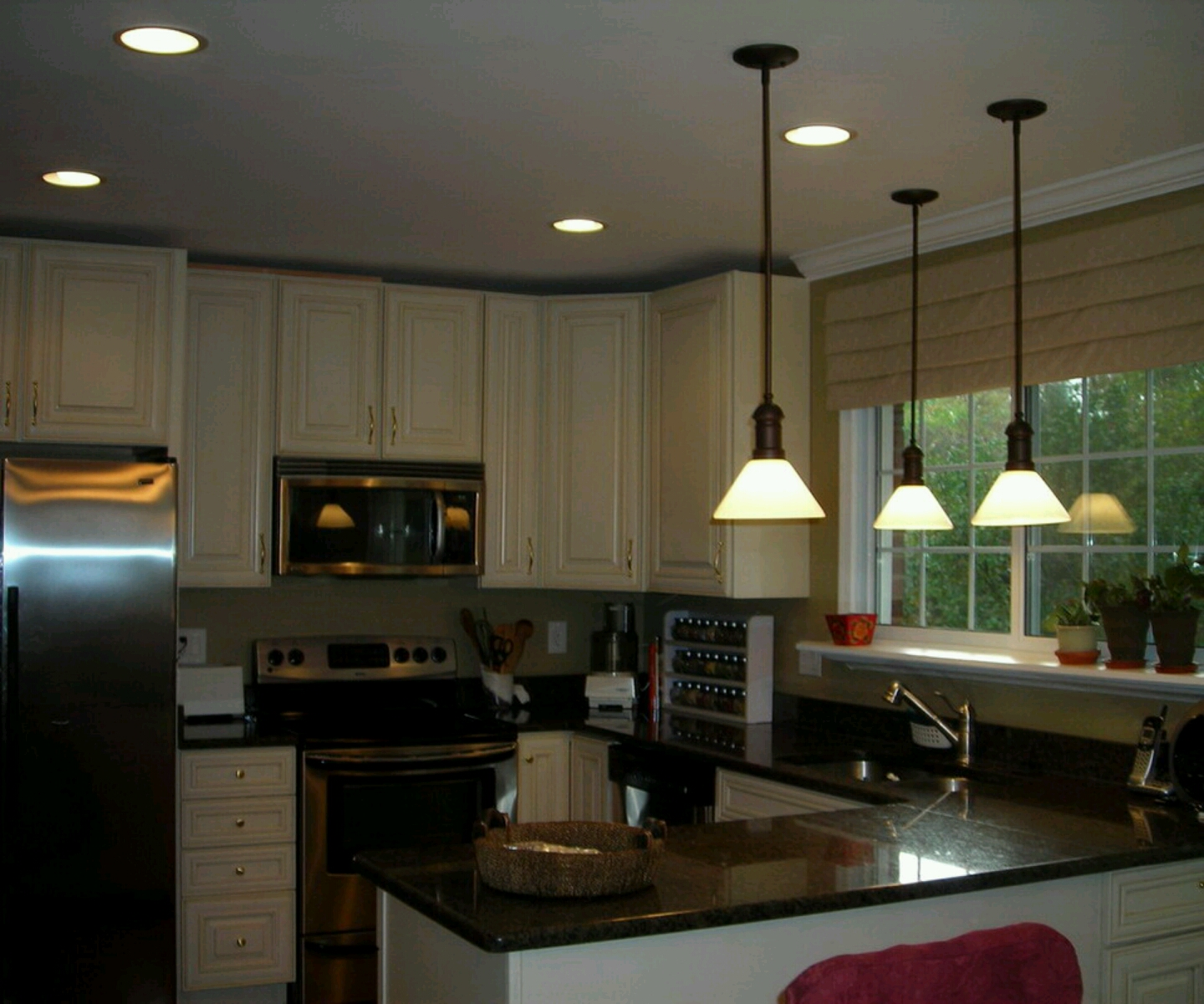 New home designs latest modern home kitchen cabinet for Kitchen designs cabinets