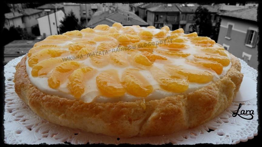 torta all'arancia con crema alla vaniglia e mandarini (senza uova e senza burro)