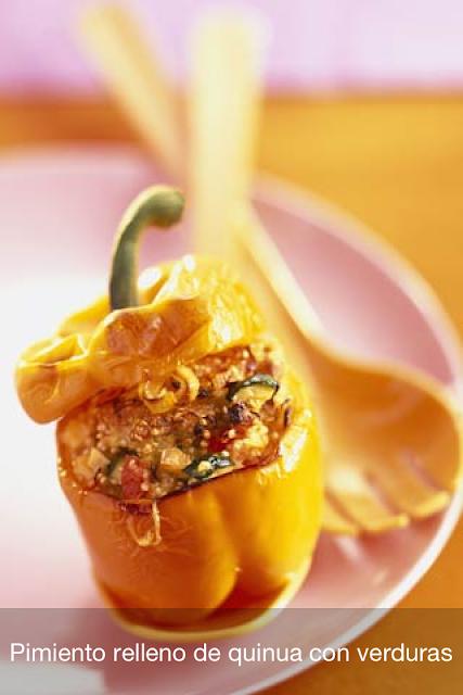 Receta de PIMIENTO RELLENO de quinua con verduras - saborysazon.blogspot.com