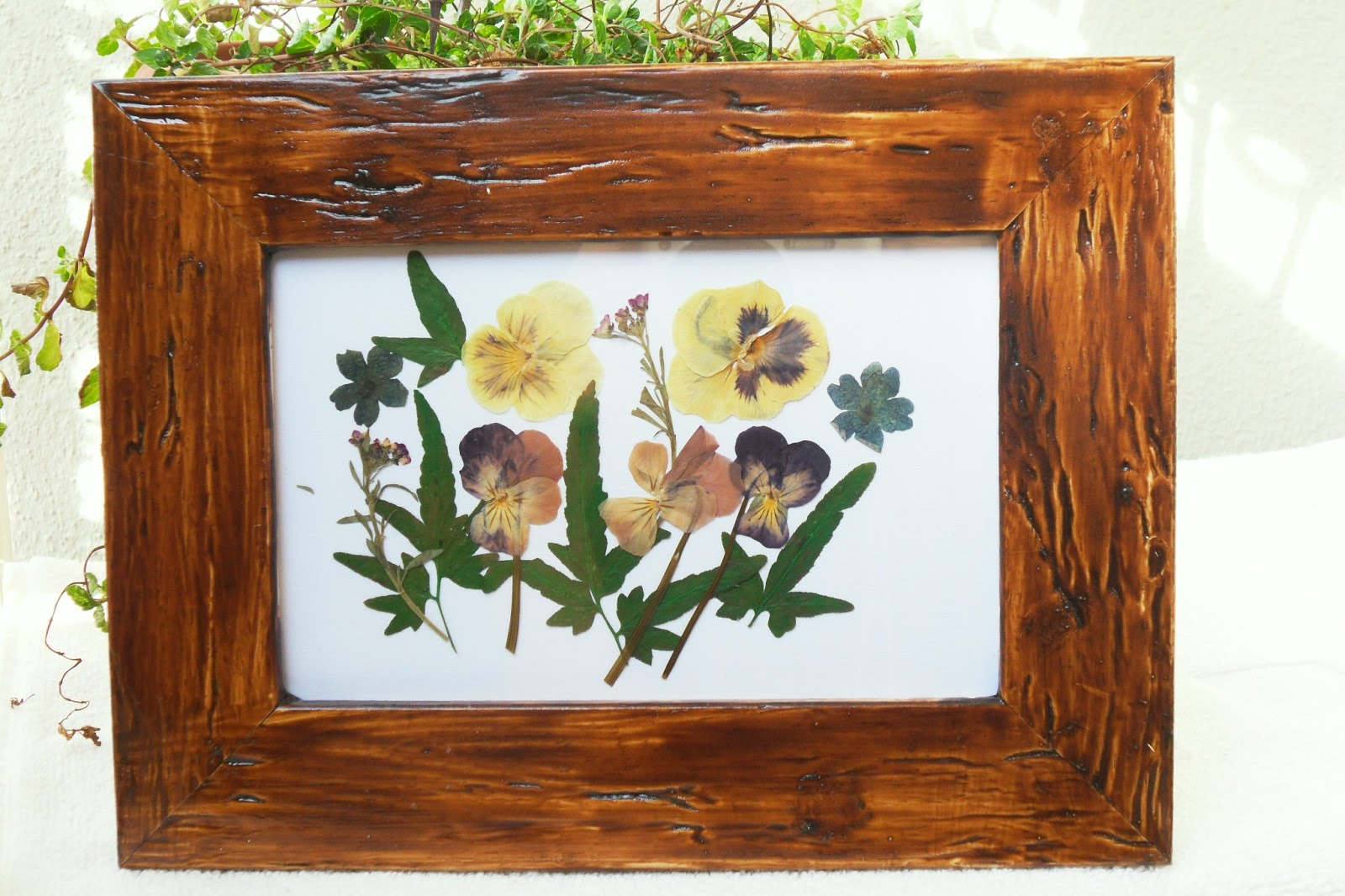 Cuoriefiori: quadri con fiori secchi e pasta di mais