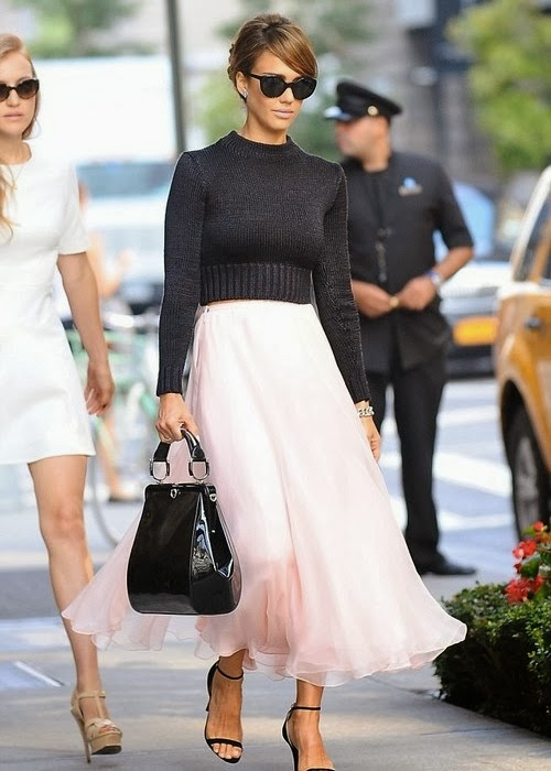 Jessica Alba maxi skirt