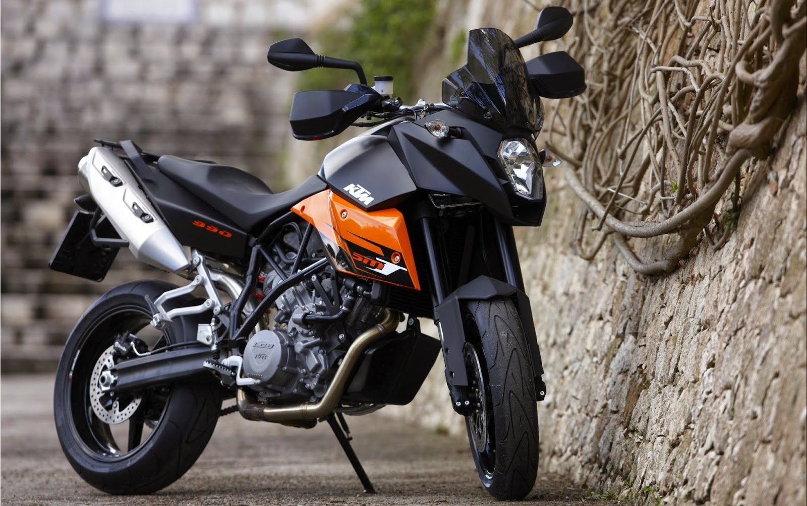 KTM 990 SMT Bikes HD Wallpapers Gallery