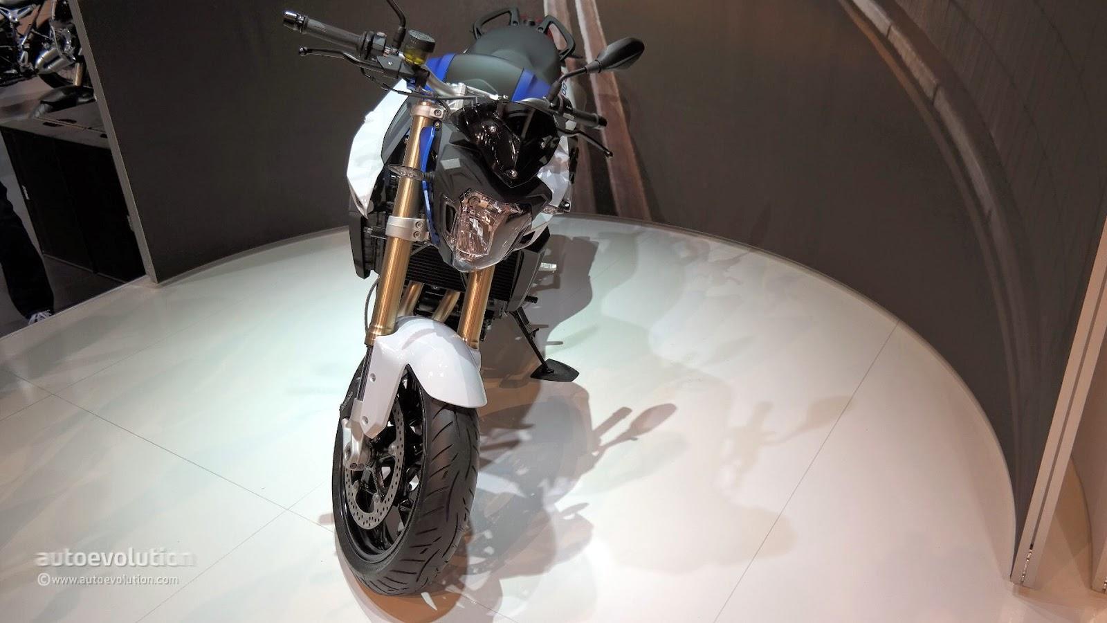 New BMW Naked Bike F800R 2015