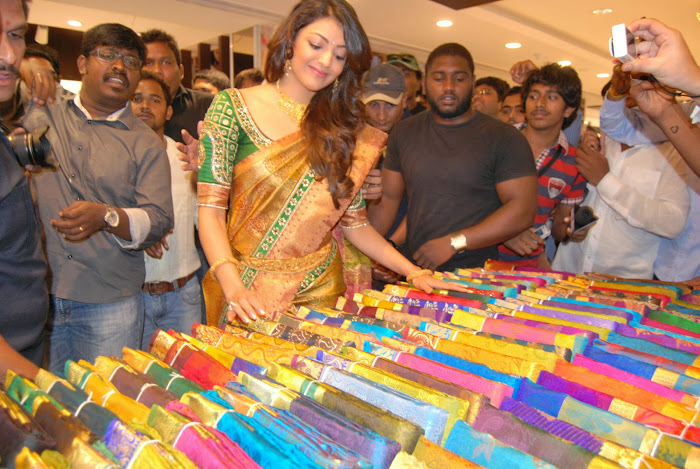 kajal agarwal launches chennai shopping mall