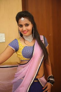 Actress Neetha Sizzling pics in half saree 025.JPG