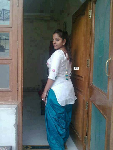 Indian Tamil Hot Aunties Pic