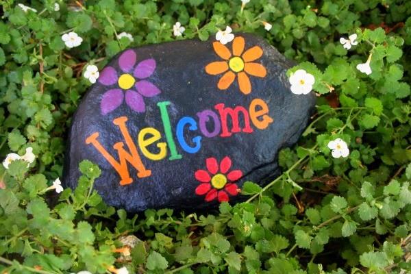 Pintar piedras guia de jardin for Dibujos con piedras para jardin