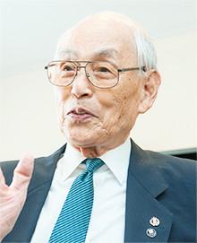 """橋爪四郎氏 (90歳):  1952年のヘルシンキ五輪で大活躍、日大の同輩 (古橋広之進) に代わって、1500 m 自由形で """"銀メダル"""" 獲得!"""