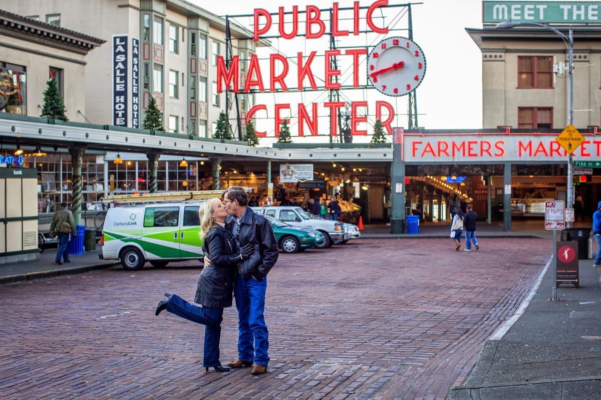 Joan and James kissing at Pike Place Market - Patricia Stimac, Seattle Wedding Officiant