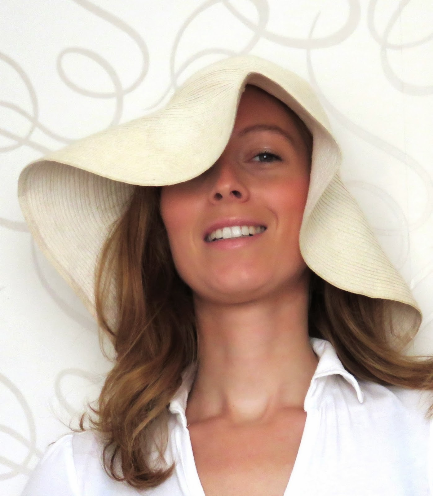 floppy summer hat white witte zomerhoed flaphoed HEMA