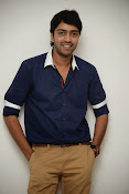 Allari Naresh stylish photos-thumbnail-1