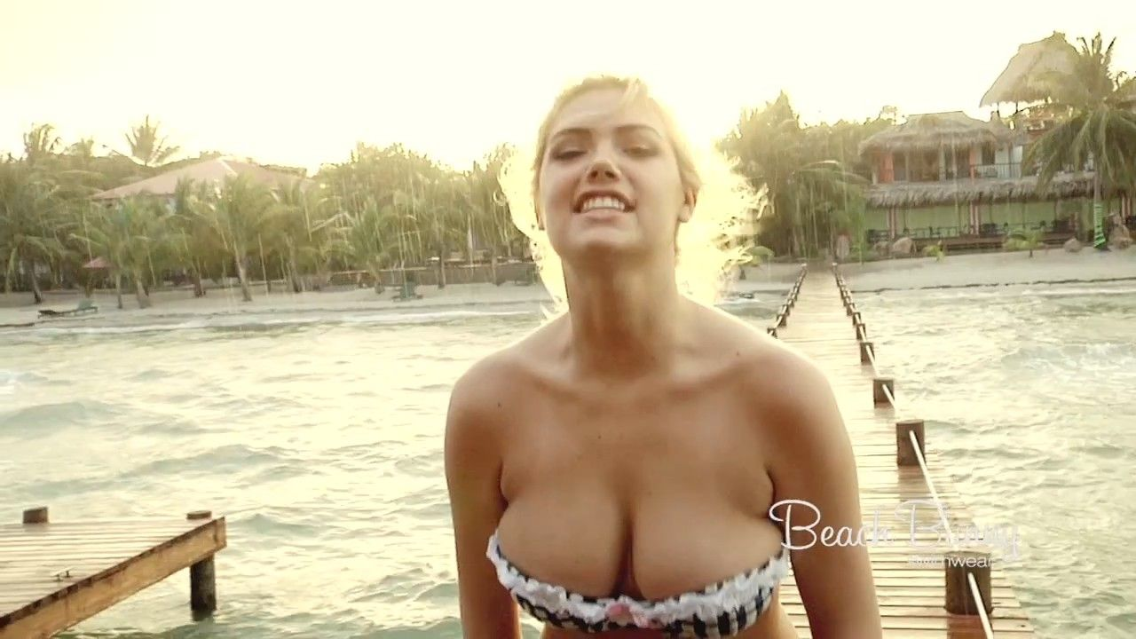 The Natruism Blog: Kate Upton Hot Big Boobs