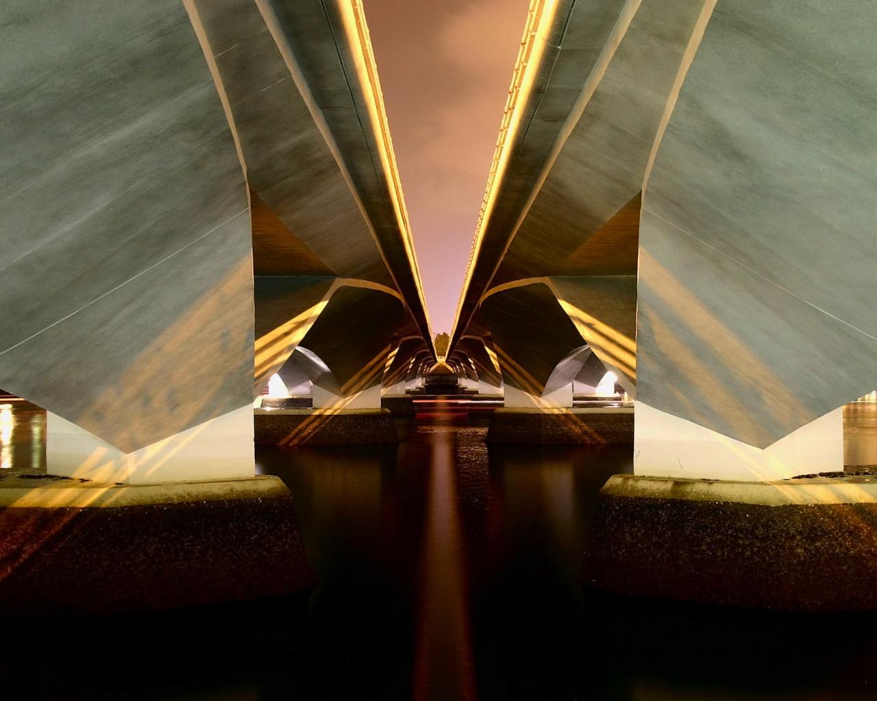 http://4.bp.blogspot.com/-oe7YUYr0_uA/TbqQ2jHbo2I/AAAAAAAADuQ/tHppUB5sFrY/s1600/Amazing%2BWallpaper%2B%25252876%252529.jpg