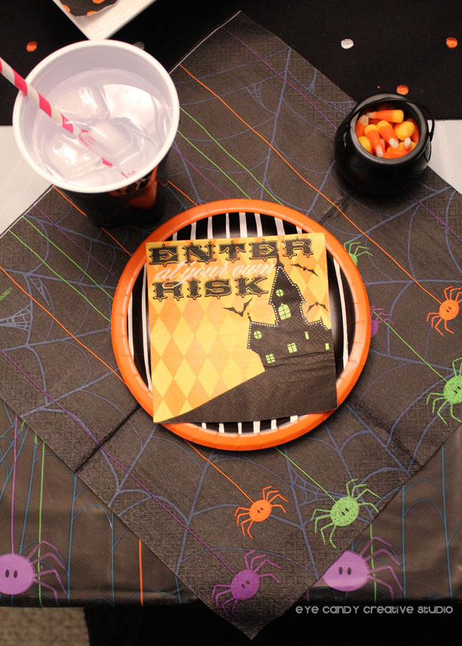 enter at your own risk, halloween party place setting, spider, cauldron