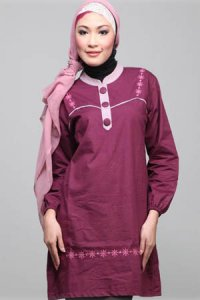 Najya Blus J01 - Marun (Toko Jilbab dan Busana Muslimah Terbaru)
