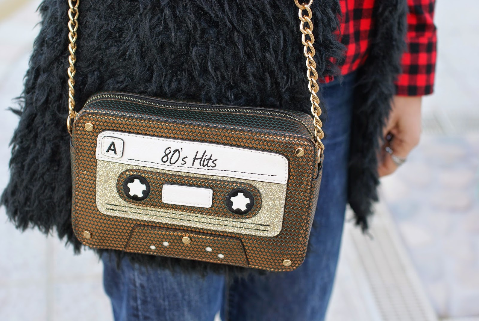 Accessorize 80s hits bag, Fashion and Cookies, fashion blogger
