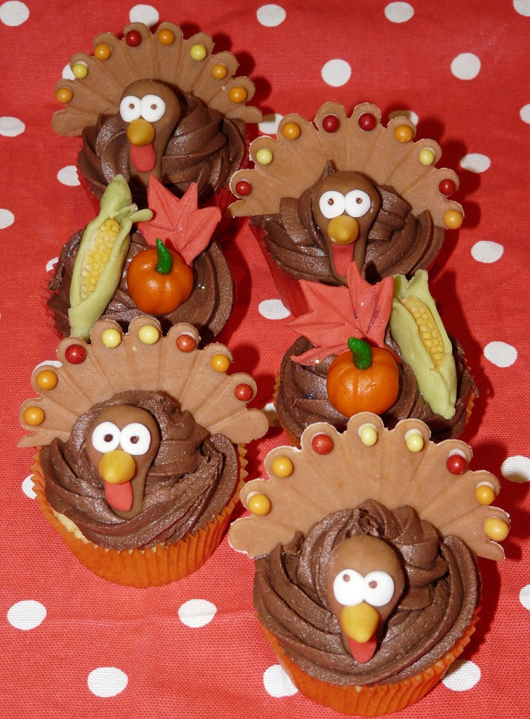 we love  ideas of turkey cupcake and vegetable cupcake decorating
