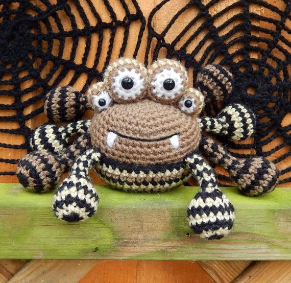 https://www.etsy.com/listing/198060446/spencer-the-spider-and-friends-amigurumi?ref=favs_view_6