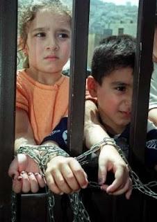 crianças palestinas presas